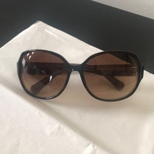 Coach sunglasses NWOT brown with case and cloth